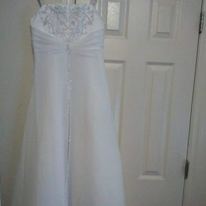 Girls size 12 Jr Bride dress